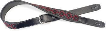 Black leatherette guitar strap with black and red woven squares (ST-SFLW-SQ RED)